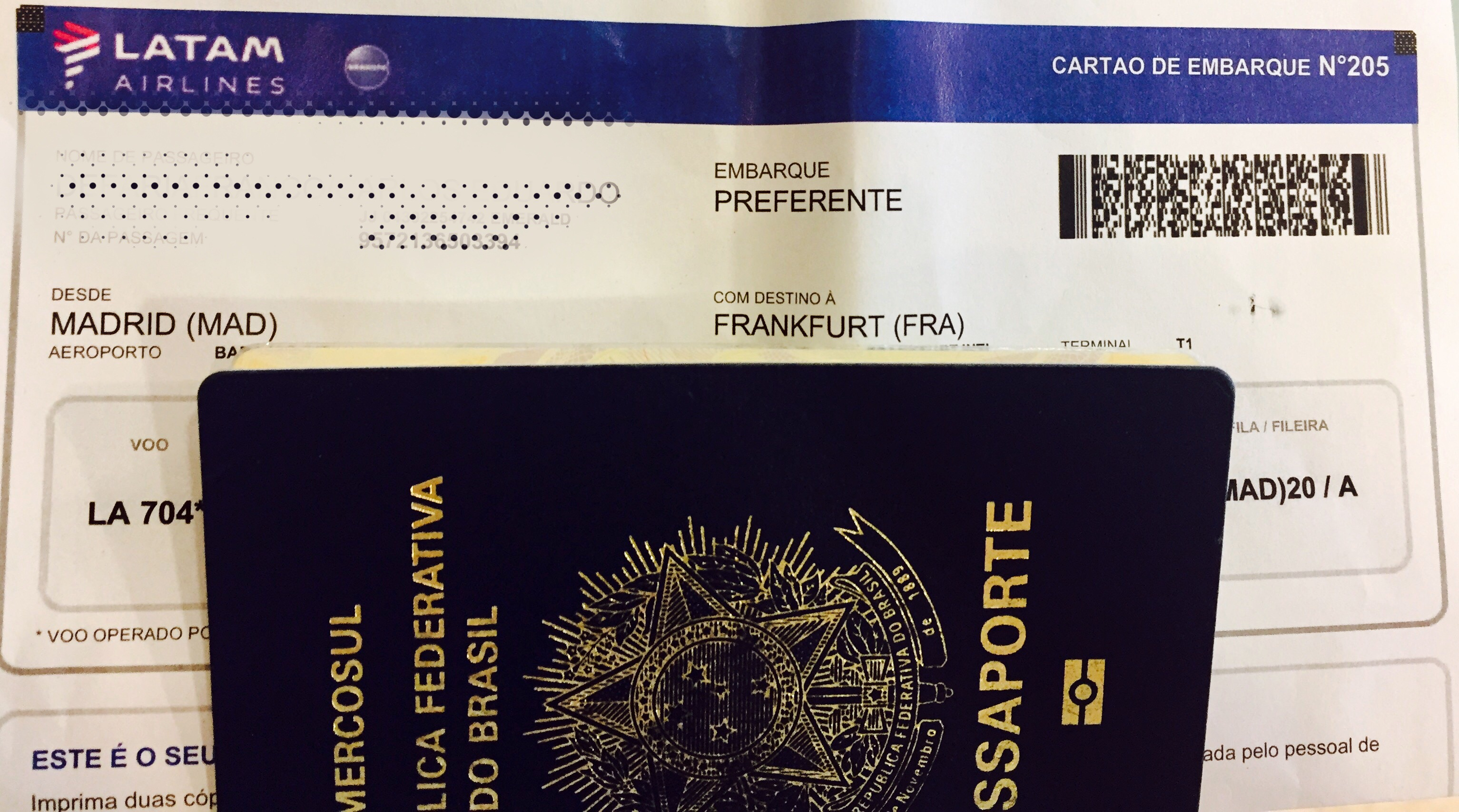 Boarding Pass - LATAM - MAD/FRA